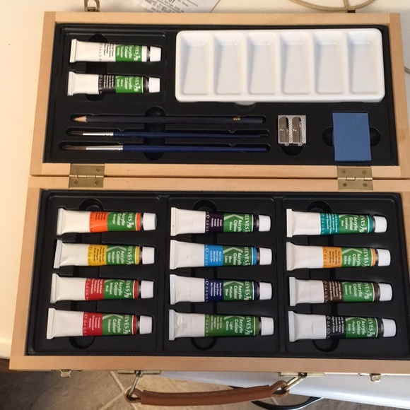 Acrylic paint wooden box set